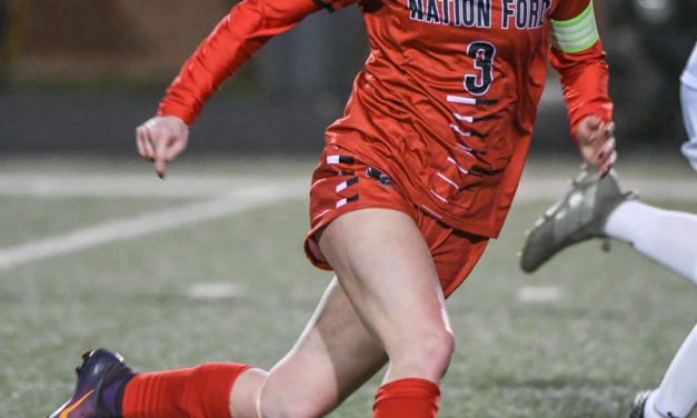 Simmons signs with USC-Lancaster for Soccer