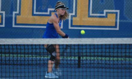 Jackets win marathon match against Bulldogs