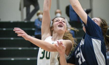 Catawba Ridge girls continue to improve, boys fall in tough loss