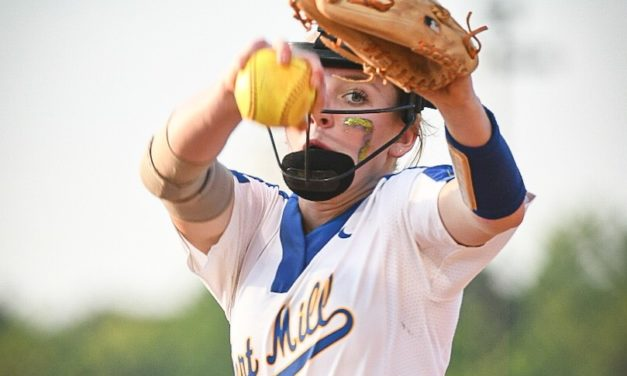 Jackets' softball explodes early to beat Boiling Springs