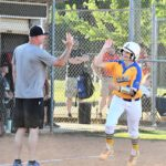 Four home runs lift Jackets to District title game